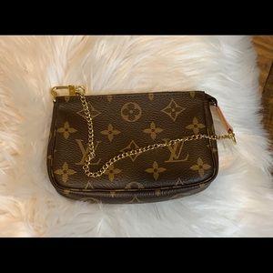 Louis Vuitton Bags - LV Mini Pochette